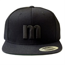 MANHATTAN SNAPBACK (BLACK × BLACK)