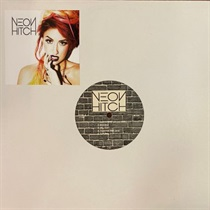 NEON HITCH (USED)